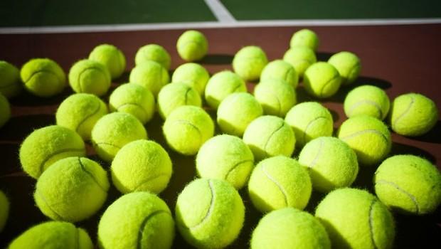 many-tennis-balls