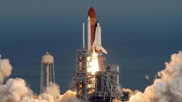 space-shuttle-lancering